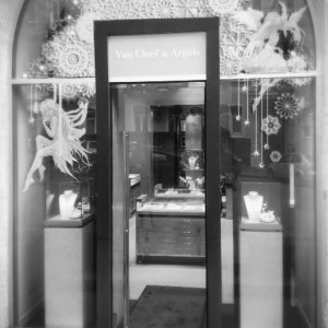 Van Cleef & Arpels windows